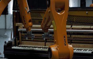 thoriumaplus-roboti-sviraju